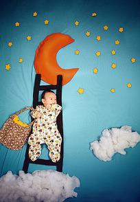 摘月亮的宝宝创意照片图片