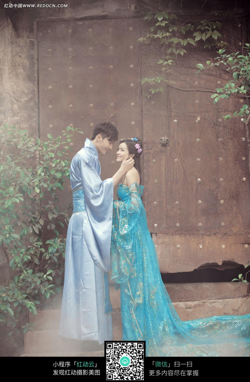 古装情侣婚纱摄影图片