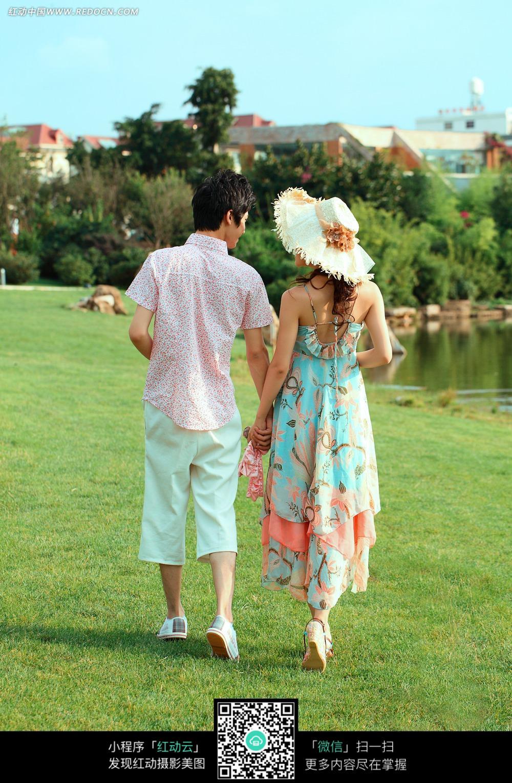 牵手的情侣背影婚纱摄影图片图片
