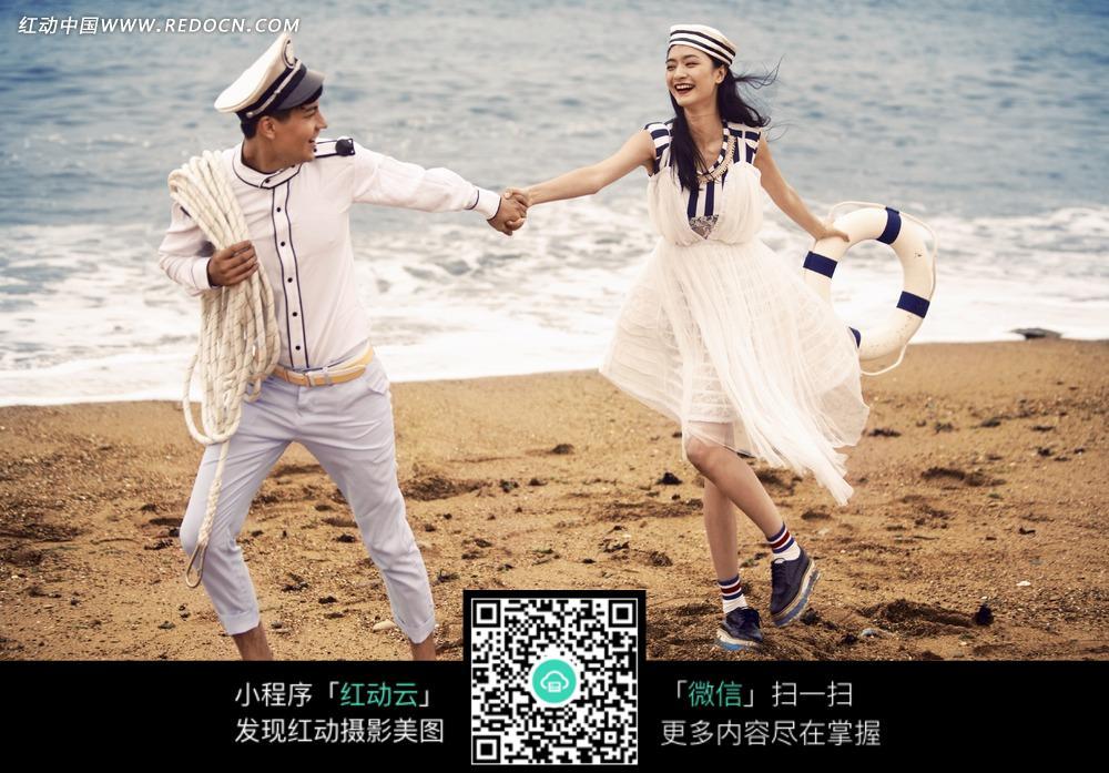 免费素材 图片素材 人物图片 新人情侣 牵手的情侣婚纱摄影