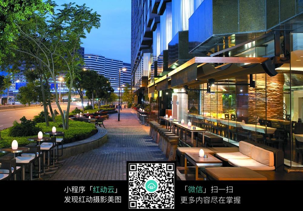 傍晚的咖啡厅图片图片