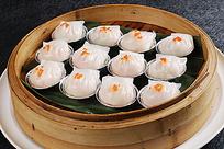 水晶虾饺摆盘