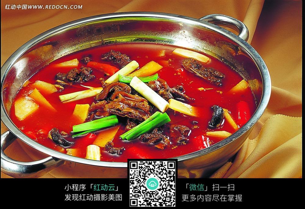 红焖狗肉火锅