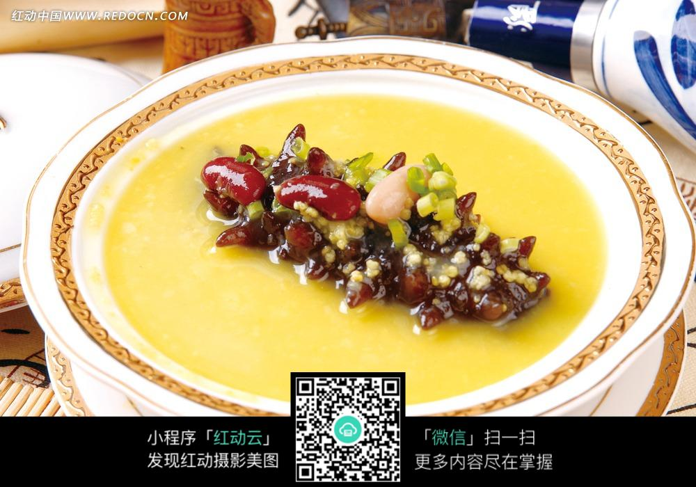 五谷杂粮煲辽参图片