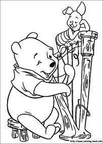 黄色小火车内的小猪小熊