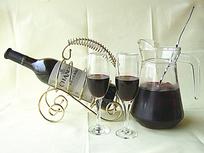 张裕干红葡萄酒高清图片