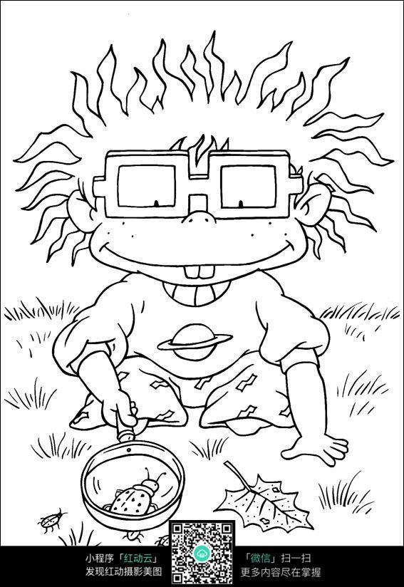 卡通用放大镜找虫子的小朋友手绘线稿图片