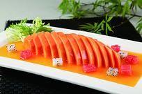 可口的橙汁木瓜菜品照片
