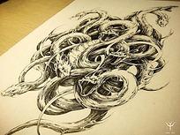《八岐》缠绕的蛇黑白水墨钢笔线描画