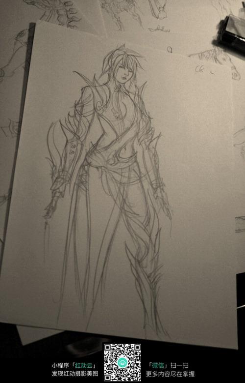 盔甲美少女战士手绘线稿素材