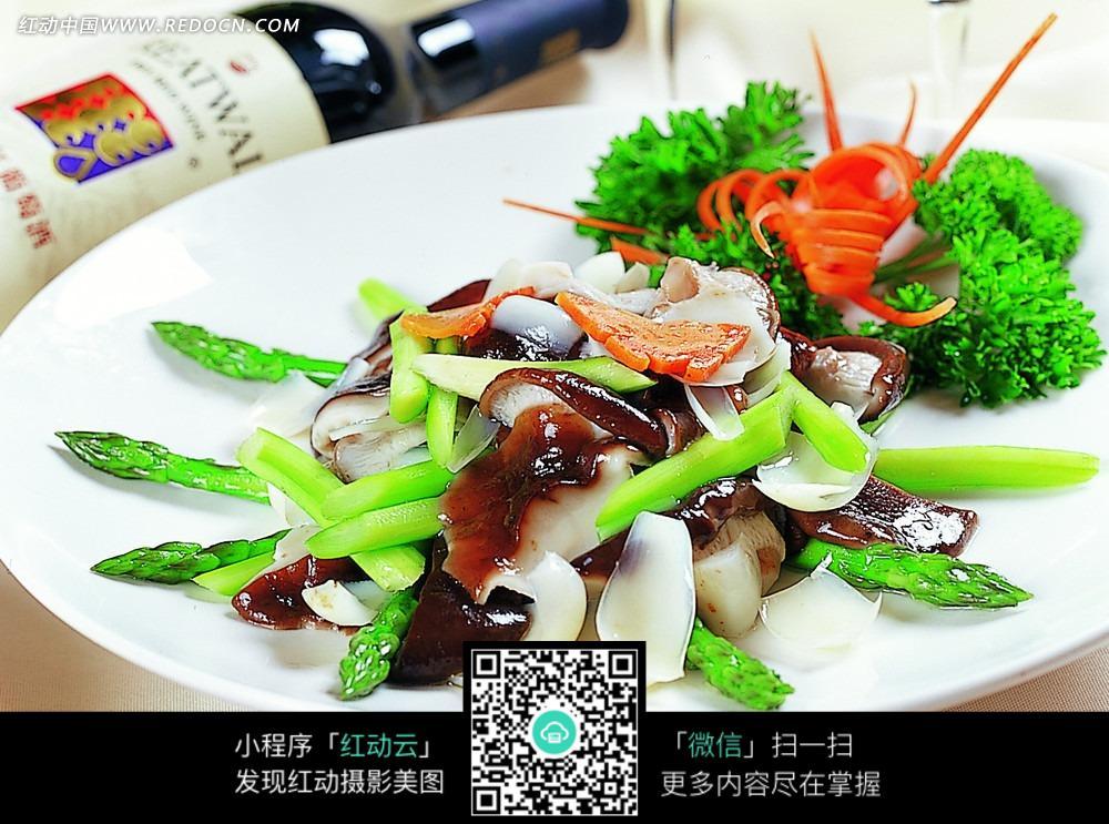 图片香菇鲜百合芦笋高粱米如何蒸着吃图片