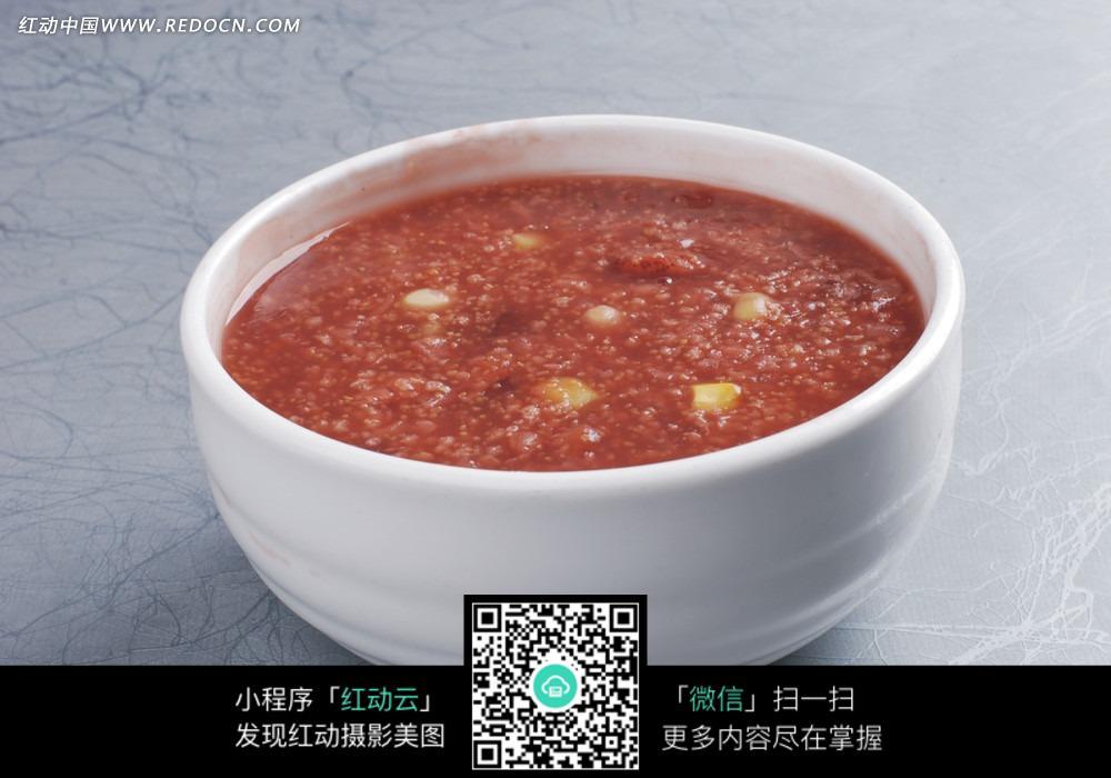 五谷杂粮粥图片