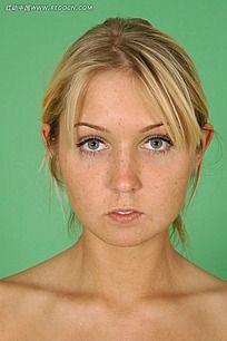 外国女人的逼好像很紧_外国女人脸部正面特写jpg