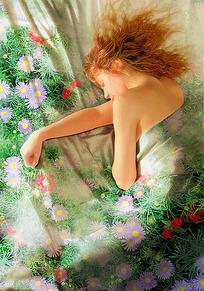 裸睡的金发女孩图