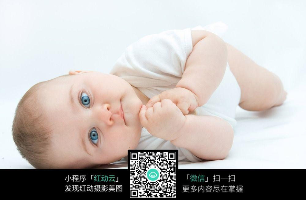 超萌可爱宝宝外国躺下婴儿图片
