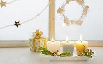 窗边浪漫蜡烛装饰礼物