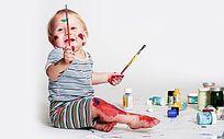 颜料画画婴儿宝宝玩耍图片