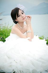 美女婚纱照近景写真图