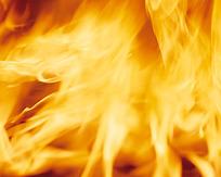 熊熊燃烧的橙色火焰图片