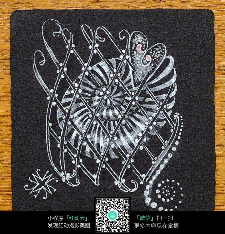 黑底植物插画设计