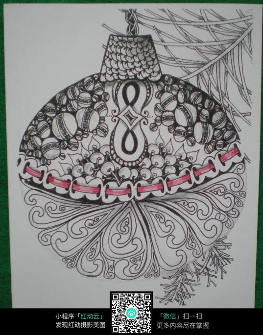 手绘线描圣诞球