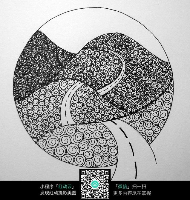 圆形山坡花纹 手绘黑白装饰画 复杂传统花纹插图 民族植物花卉插画