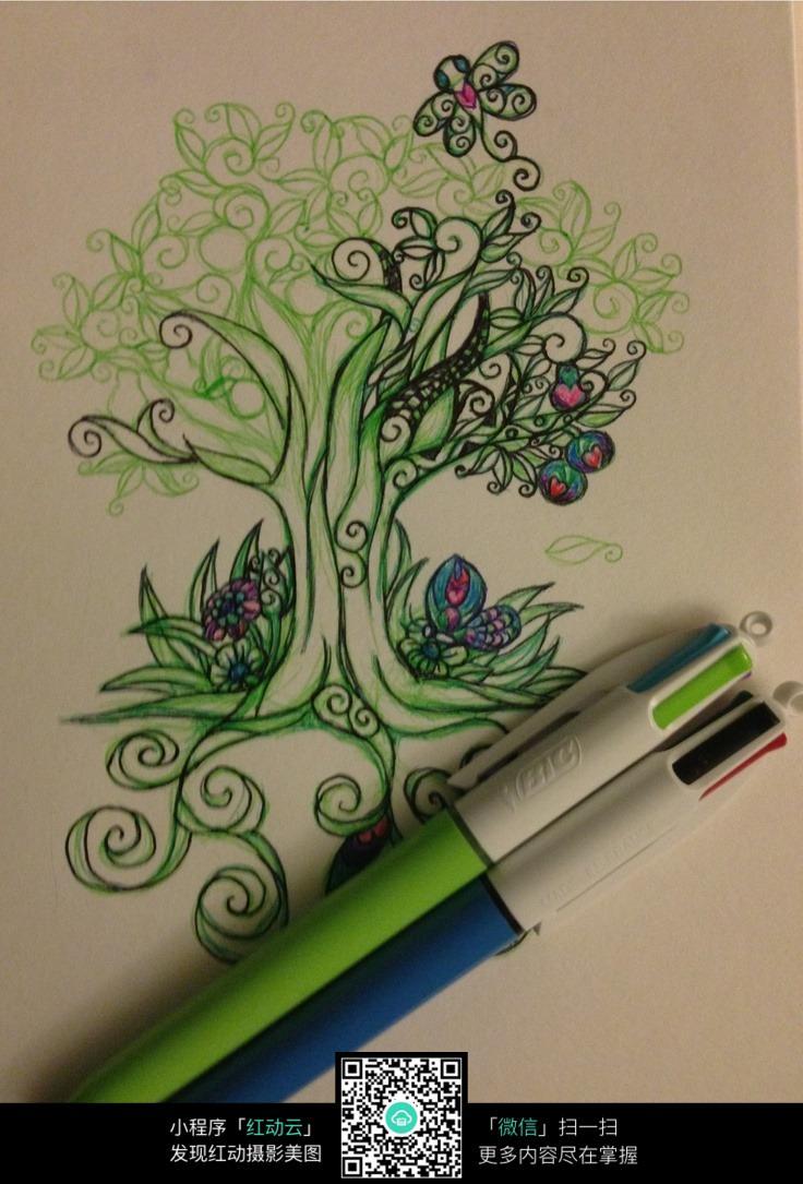 彩铅大树手绘插画纹理图片