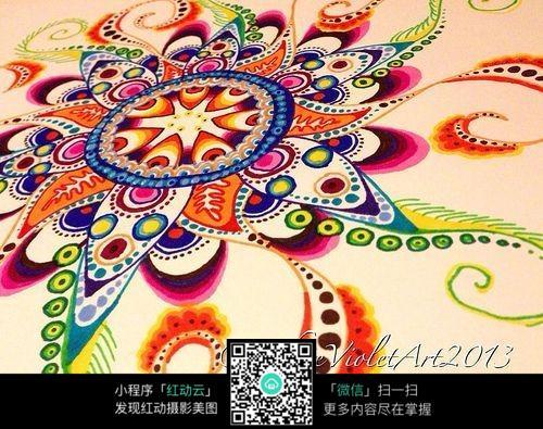 彩色圆形花卉手绘插画