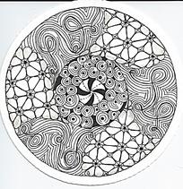 圆形黑白重复图案手绘插画设计