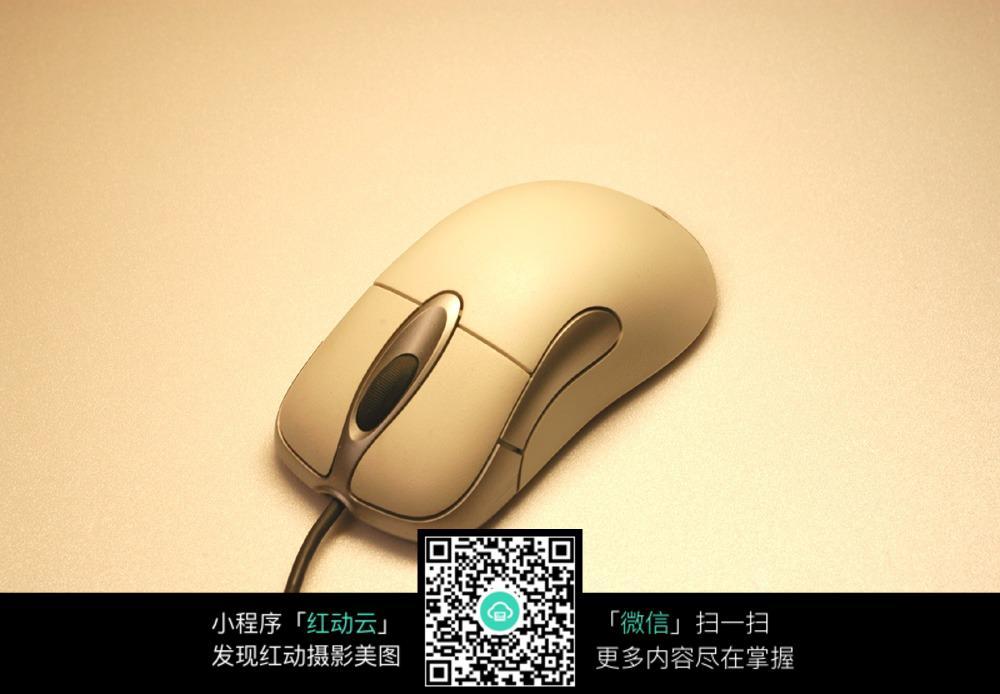 鼠标电路图 mx8733