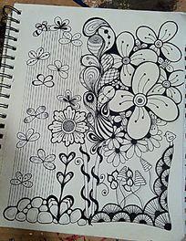 盛开的花朵和蝴蝶