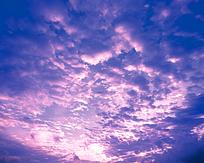 紫色的天空