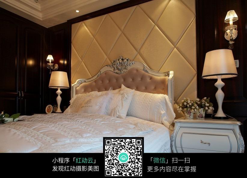 白色欧式沙发图片_室内设计图片