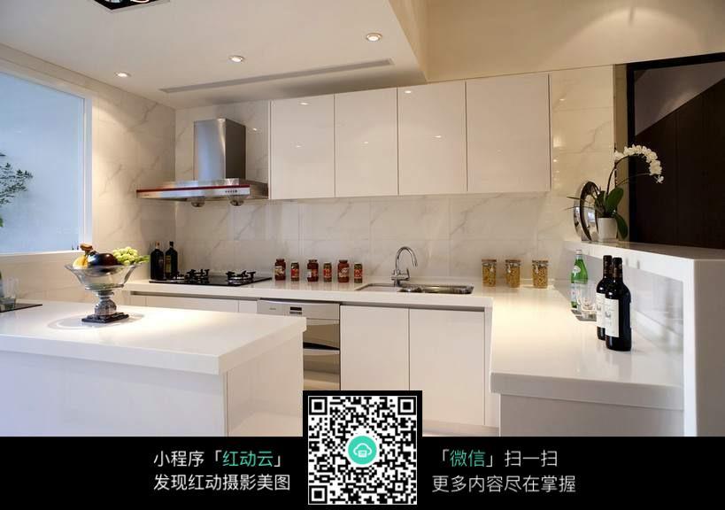 厨房效果图_室内设计图片