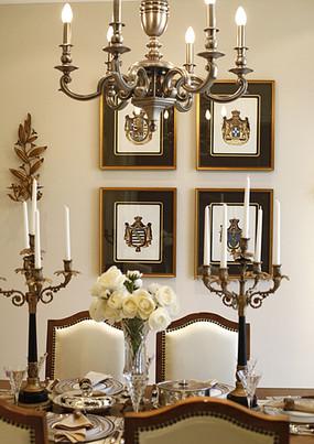 下载收藏 古典风格的花纹背景素材 下载收藏 欧式家庭餐厅一角