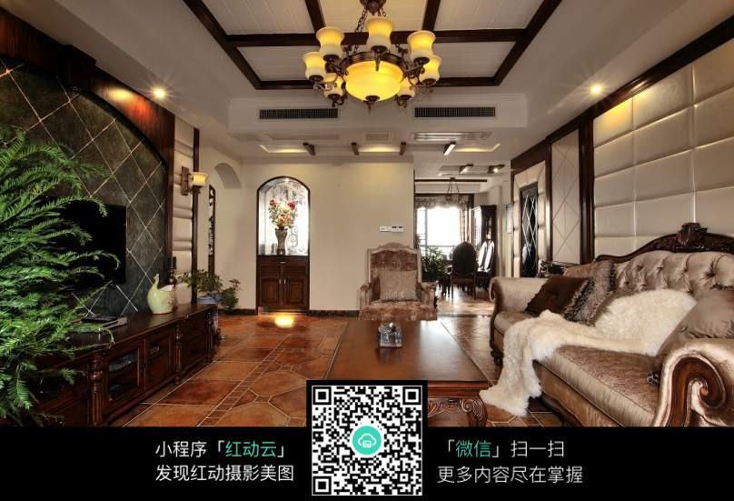 中式客厅装修效果_室内设计图片