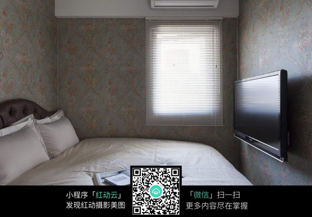 大床小卧室图片_室内设计图片