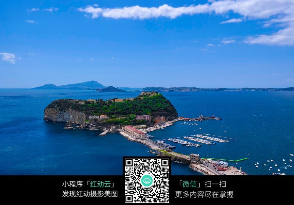 海上岛屿图片素材
