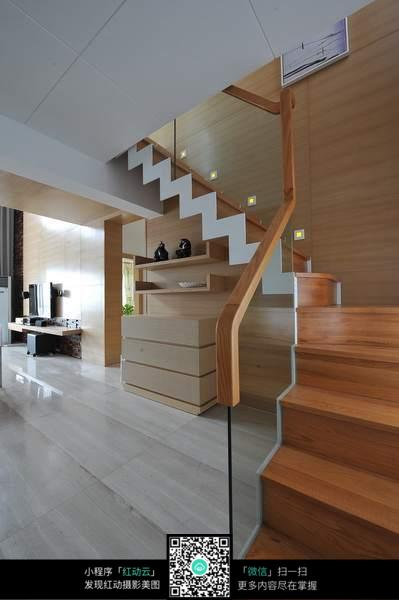 木头楼梯_室内设计图片