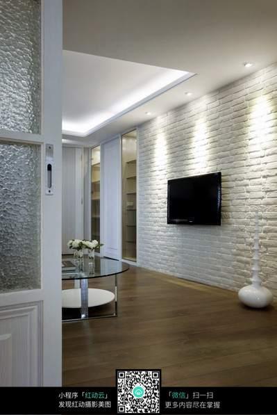 复古白色电视墙室内装修效果图