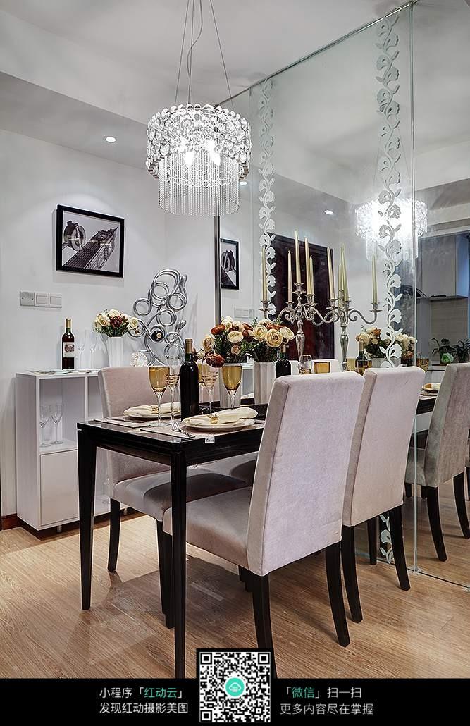 餐厅 餐桌 家居 家具 起居室 设计 装修 桌 桌椅 桌子 667_1030 竖版图片