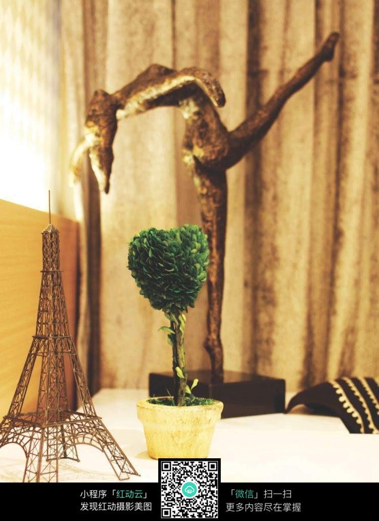 免费素材 图片素材 环境居住 室内设计 创意床头摆件  请您分享: 素材图片