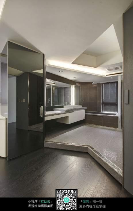 冷色系室内设计卫生间效果图