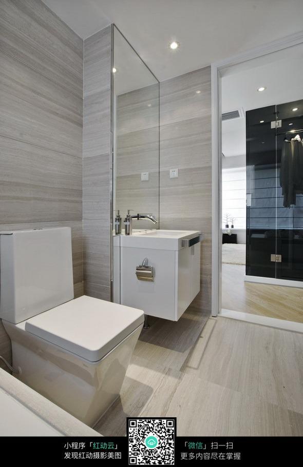 透明浴室图片素材