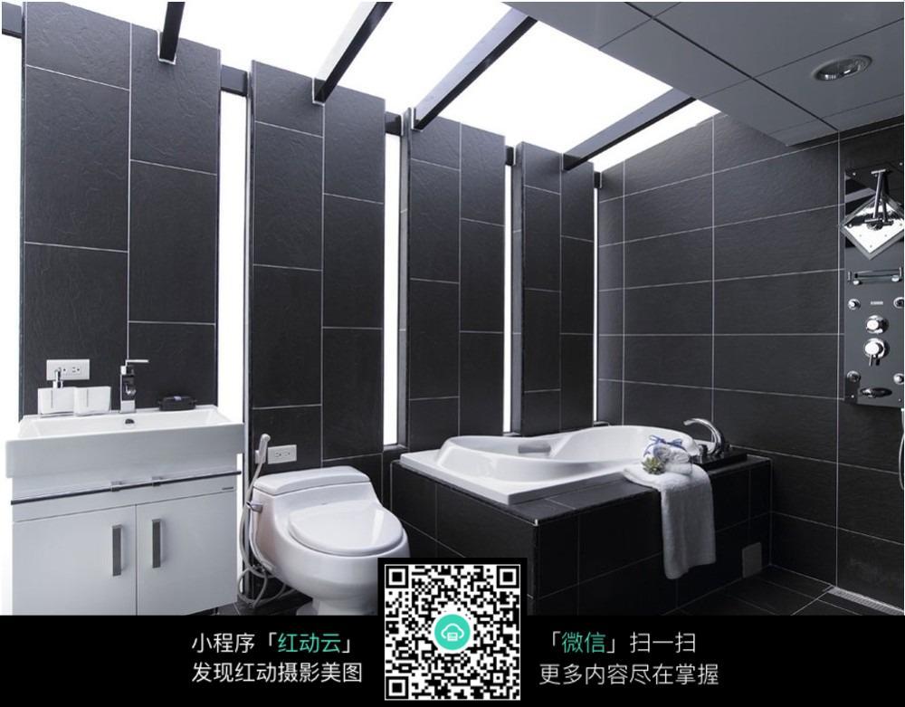 黑色调卫浴卫生间设计效果图