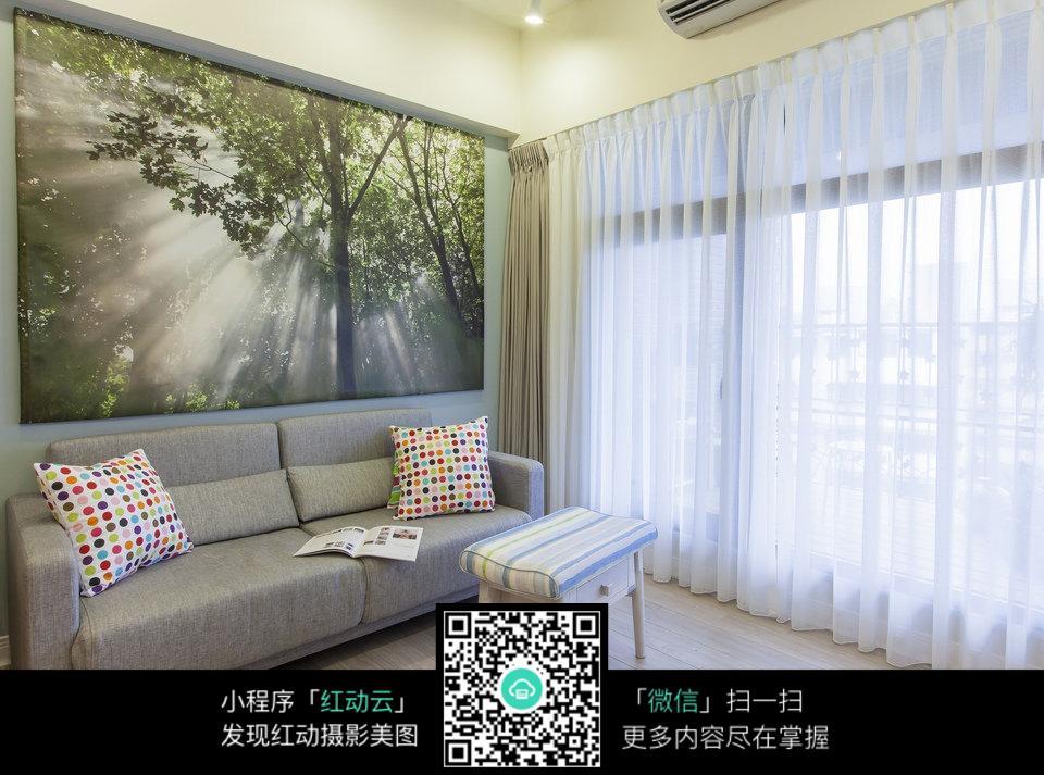 免费素材 图片素材 环境居住 室内设计 凉爽舒适房间  请您分享: 红动