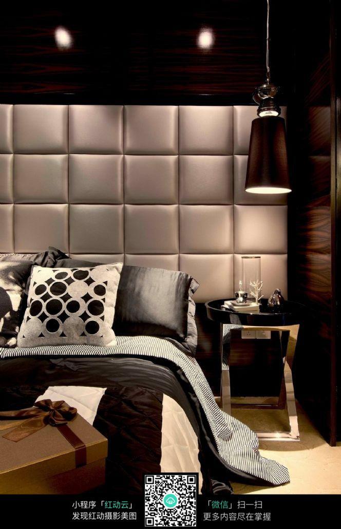 黑白元素卧室室内装修效果图