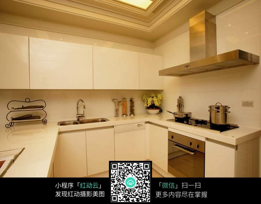 白色组合柜厨房图片