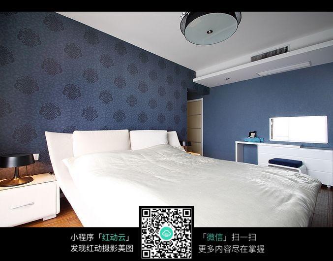 标志墙纸卧室室内装修设计效果图v标志字体蓝色size图片