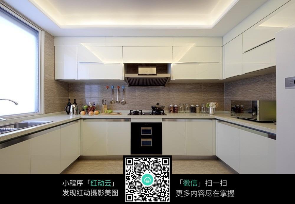 欧式大厨房设计效果图